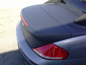 BMW M6 with 3M carbon fiber DI-NOC vinyl installed on rear hatch