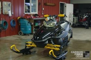 2006 Yamaha Nytro ER snowmobile with 3M carbon fiber DI-NOC vinyl
