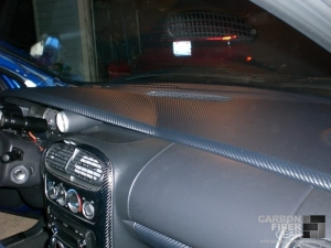 Dodge Neon SRT4 roof with carbon fiber DI-NOC on the dash